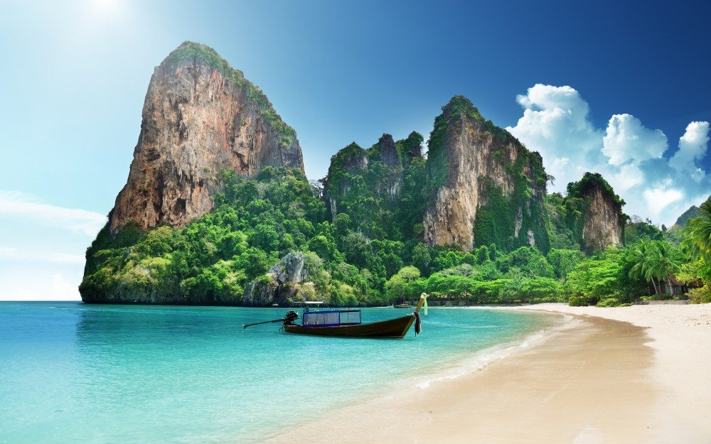 Krabi – Paradise of sheer limestone cliffs