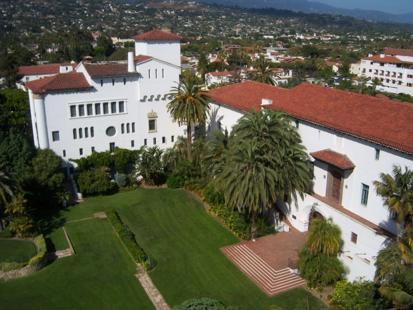 Explore Santa Barbara County Courthouse